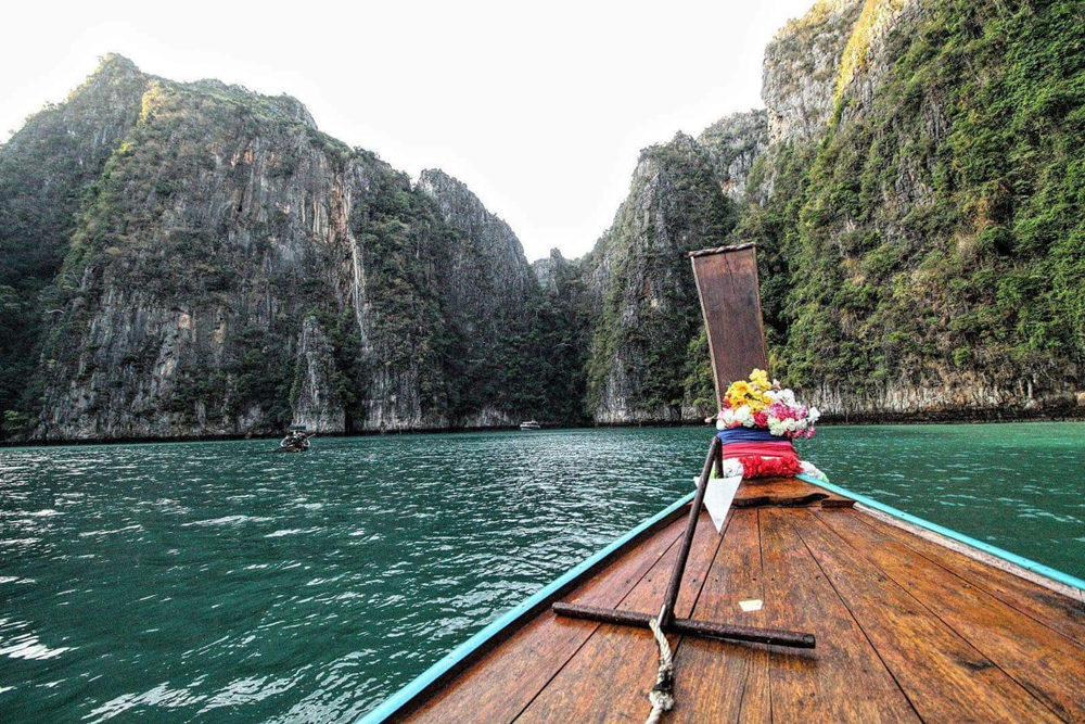 long tail boat in phi phi islands Thailand private tour snorkelling