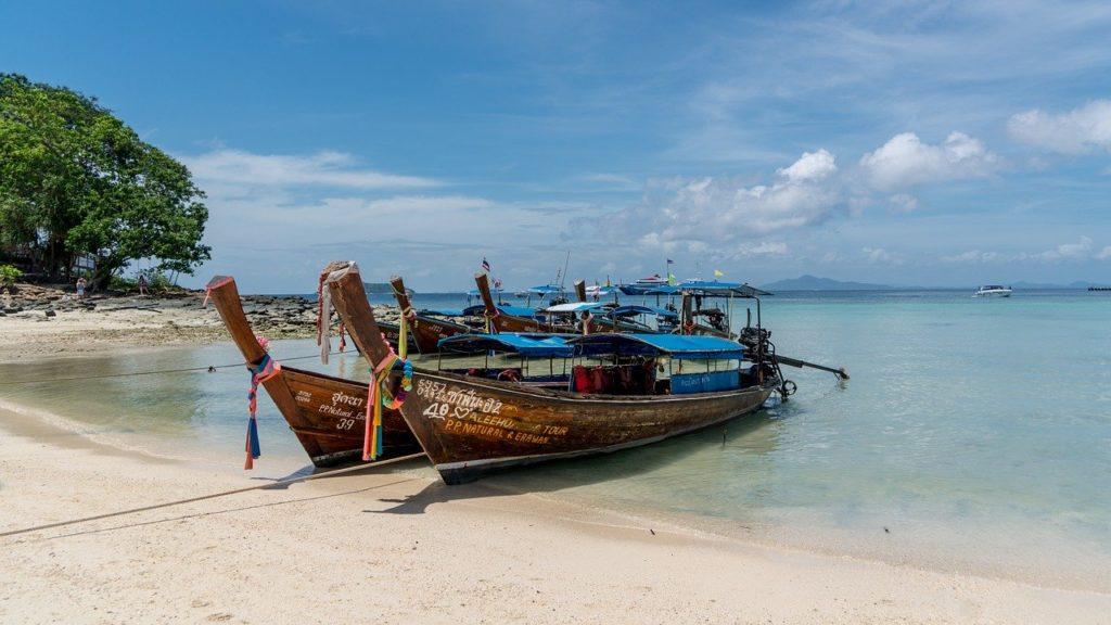 overnight stay phi phi, monkey beach, koh phi phi