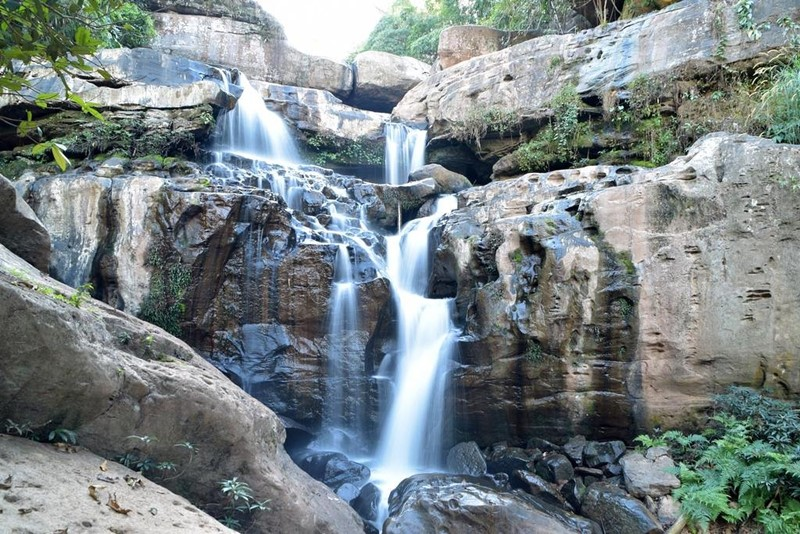 Kao Chon Waterfall Suan Phuang