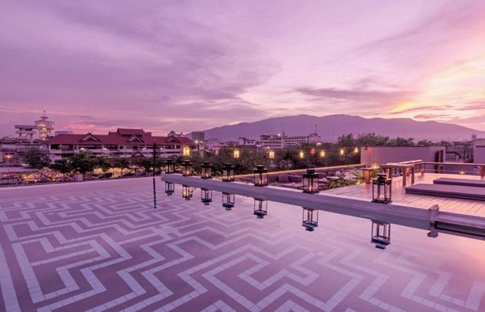 best rooftop bar to watch a sunset in chiang mai