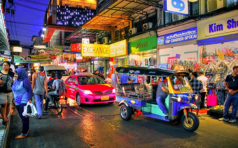 how to get to krabi night market