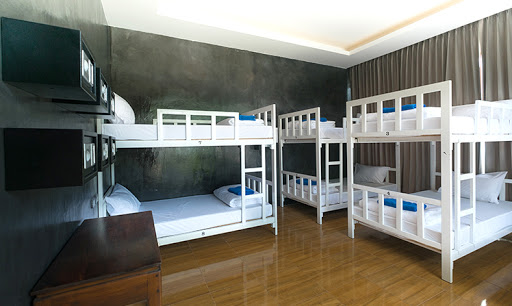 ibiza house dorm room hostel phi phi island info guide
