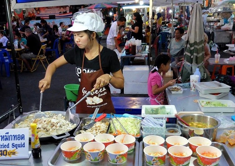 krabi night market best foods