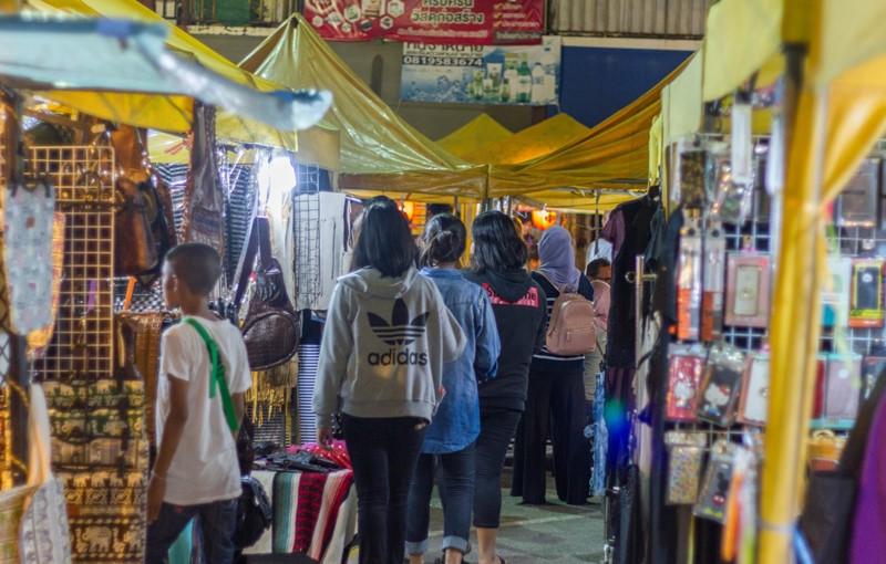 Krabi walking street weekend night market