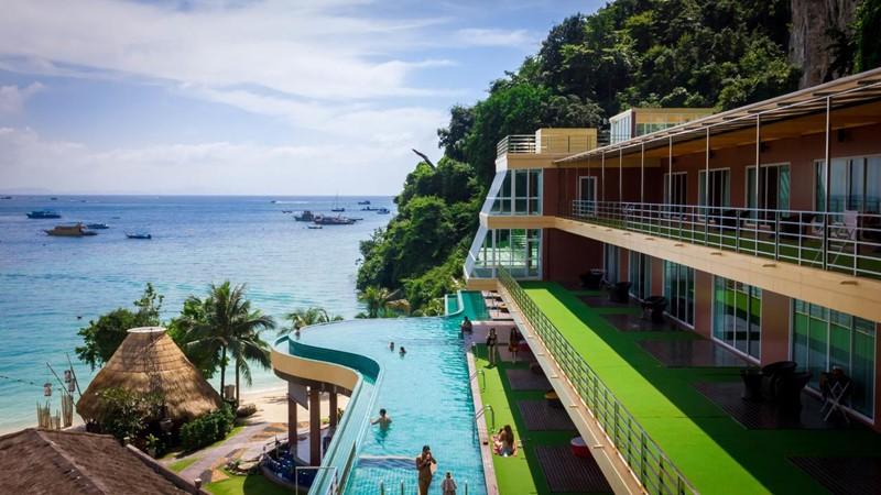 luxury phi phi island hotel sea view