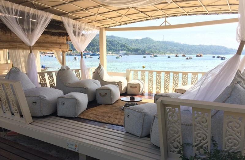 phi phi island hotel mama beach