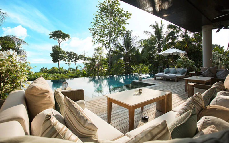 does phuket or bangkok have the best accomodation