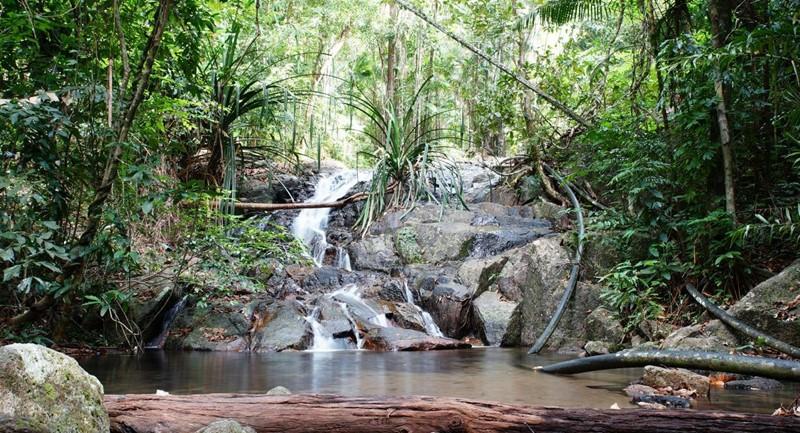 pirate waterfall in koh adang
