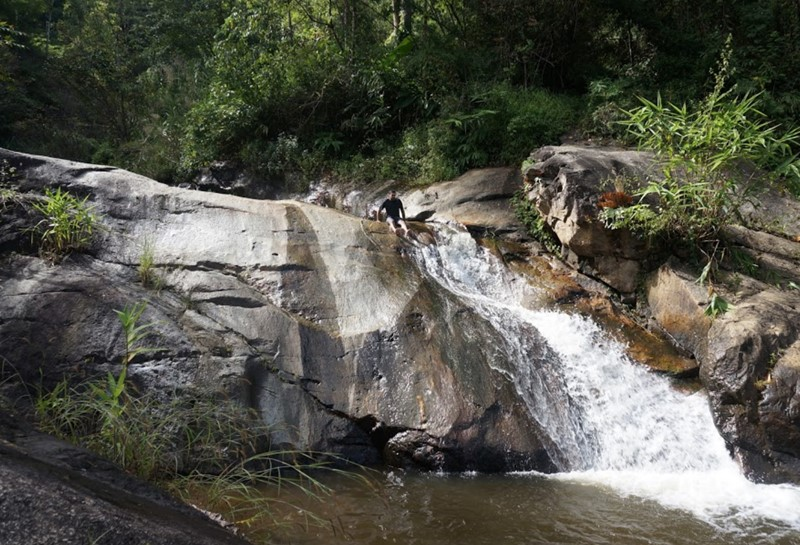 things to do in pai waterfall waterfalls pai thailand