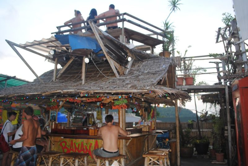 things to do in phi phi island banana bar roof top cinema