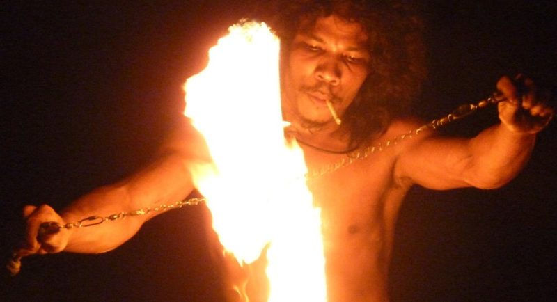 things to do in phi phi island fireshow
