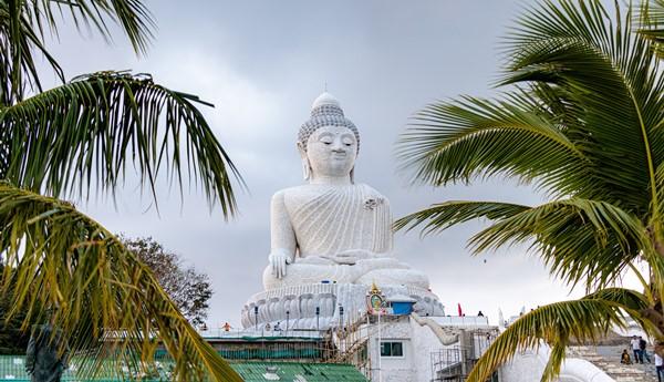 visit the phuket big buddha for free