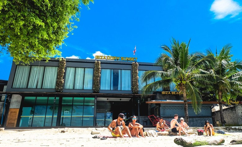 ibiza house phi phi island review location of ibiza house on koh phi phi