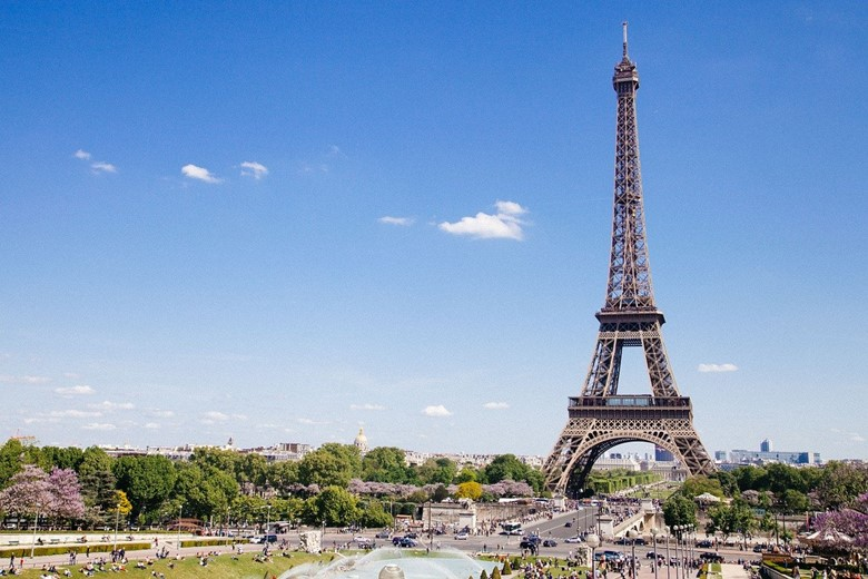 which contries can americans travel to can us citizens travel to france now is fance open for americans can united states citizens visit paris now is france open covid